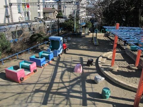 公園の砂場.jpg